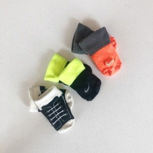 Baby Nike Socks * FREE With Bundle